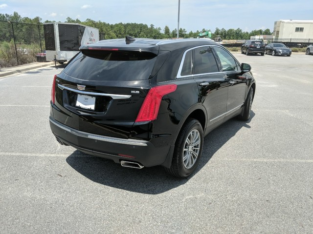 New 2019 Cadillac XT5 FWD 4dr Luxury